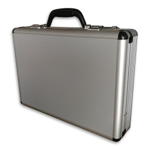 Transworld AL54 18-inch Aluminum Lockable Attache Briefcase -- New with Defect